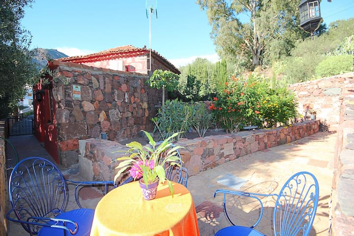 Lovely Cottage in Santa Lucia.Finca,garden,BBQ