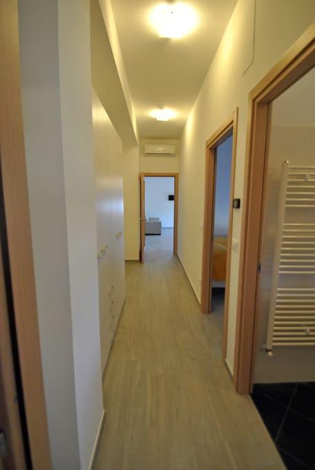 corridoio appartamento MIMI'