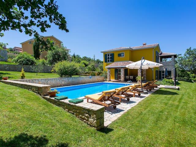 vila Splendida sa privatnim bazenom 50 m2 - Poreč