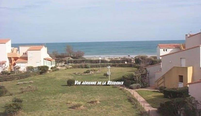 Studio Cap d'Agde 100 m de la plage