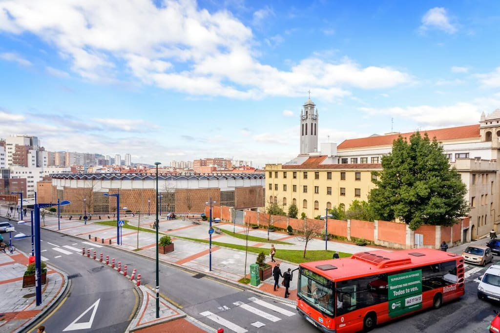 Bilbao ciudad plaza de toros parking free ebioo29 for Plaza de parking alquiler