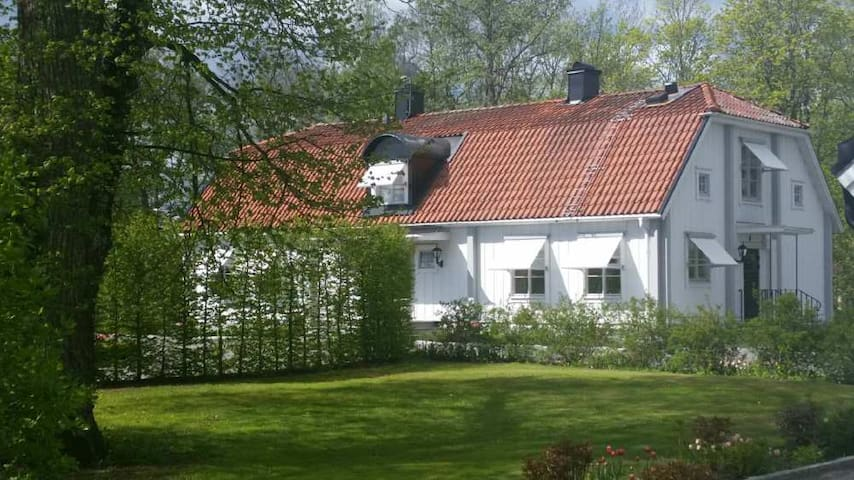 Uppsala - Nortuna gård 18 km norr