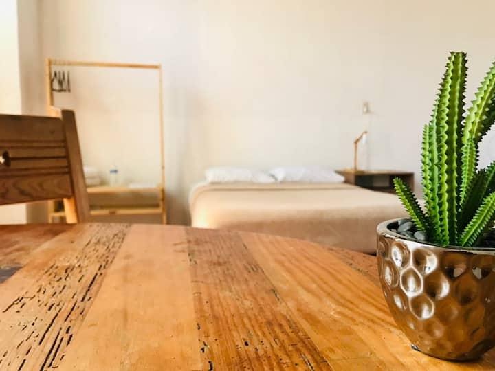 Habitación privada, céntrica, desayuno y wi fi