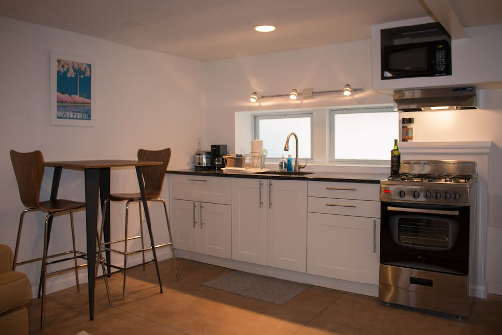 Recently renovated kitchenette