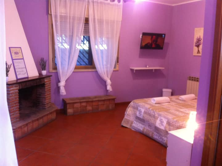 Catania Room - 100 meters from subway