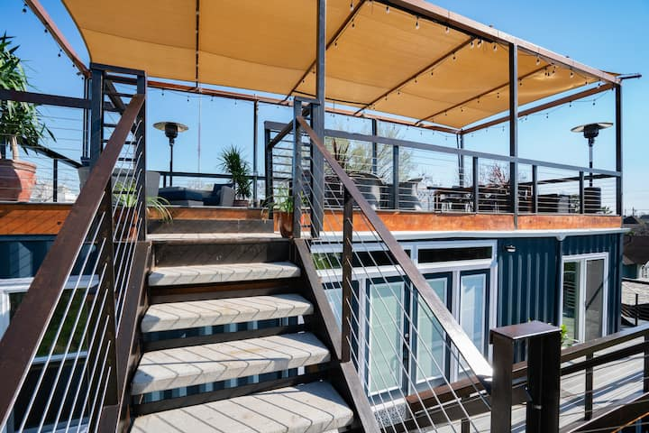 (up) ROOF TERRACE - STAYCATION - EADO CONTAINER