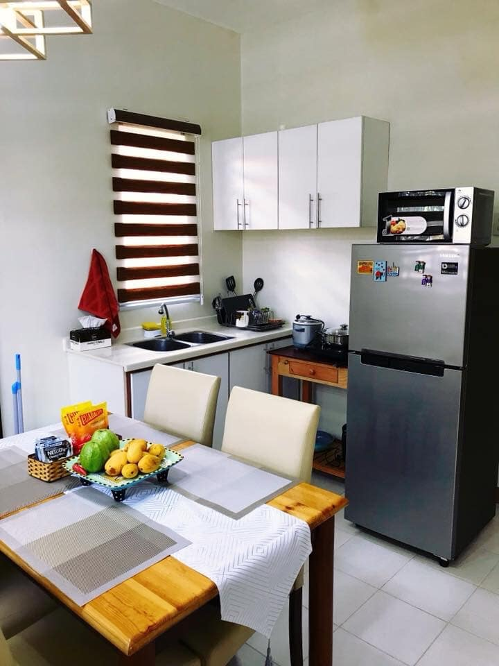 Cozy Two Bedroom- House with Wifi in Mactan Island