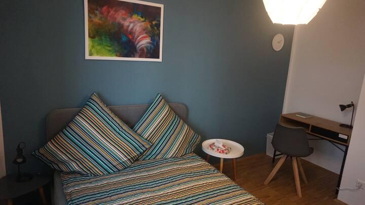 Bright cozy room in Leipzig center