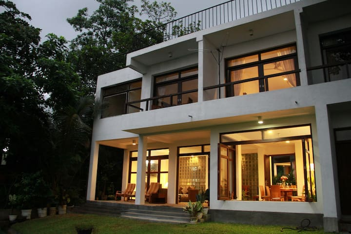 Natures Treat Bungalow  Colombo