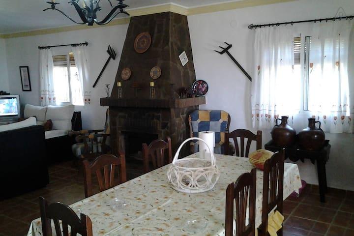 Villa en alquiler Vacacional en Pago del Puntal - Frigiliana - Villa