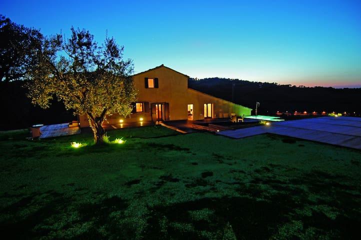 Villa KUNST HAUS DUCCI - Urbino Relax Art Nature