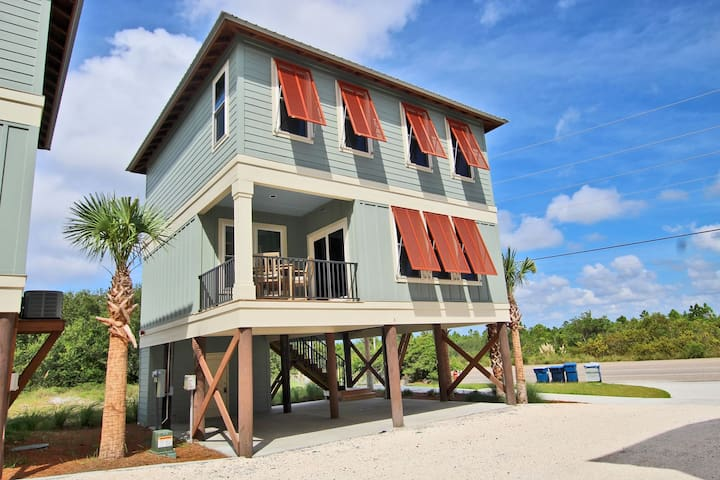 Hammock Dunes Cottage A - Brand New 2BR Only Steps from the Beach!