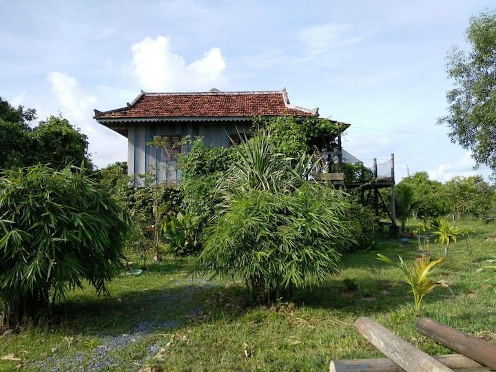 Casa Maya Kep