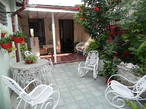 Casa Arelis, 2 habitaciones para 5 personas.