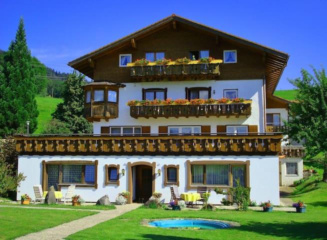 Ferienwohnung/App. für 4 Gäste mit 45m² in Ofterschwang (117119)