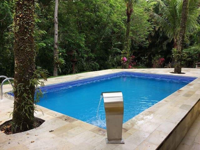 Confortável Casa com Piscina  Praia de Guaratuba