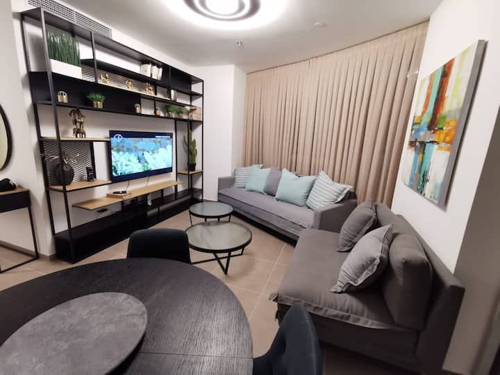 Luxury & Spacious central TLV apartment