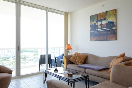 Wonderful private room/Sunny Isles - Sunny Isles Beach - Apartment