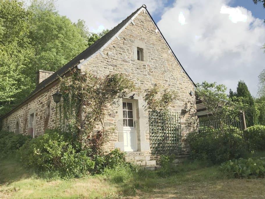 La maison d'hôtes (chambre double Marguerite indépendante pour 4 pers.)