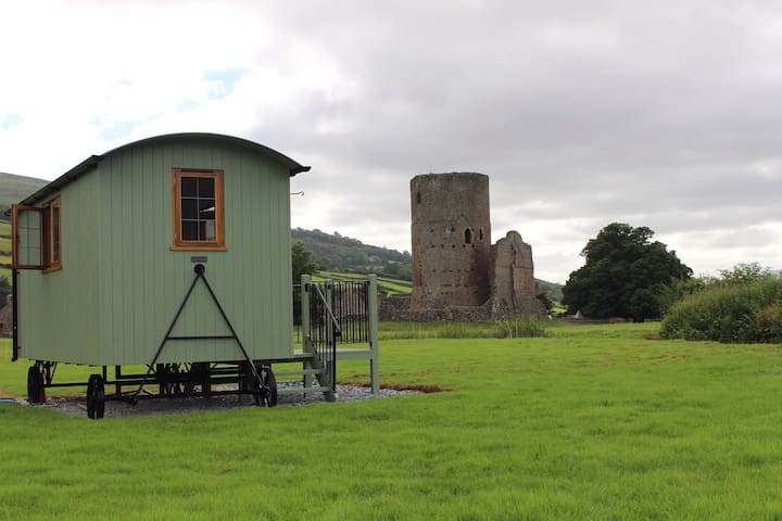 Luxury Shepherd's Hut B&B. - Tretower - Bed & Breakfast