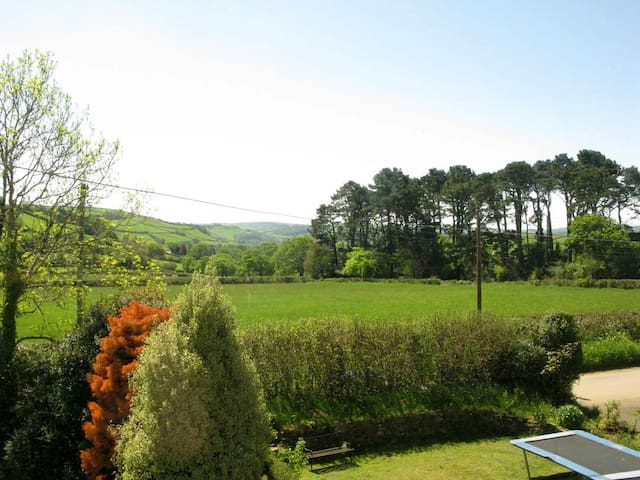 7 Holne cross. Gate way to dartmoor - Ashburton - Bed & Breakfast