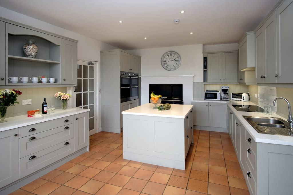 Newly fitted kitchen in 2018.  2 double ovens, Aga, hob, 2 dishwashers, 2 fridges, 2 freezers