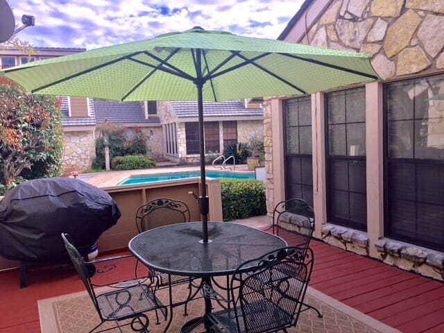 Two Bedroom Townhome With Pool in Horseshoe Bay.