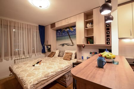 A blok Studio Apartment - Belgrado - Appartamento
