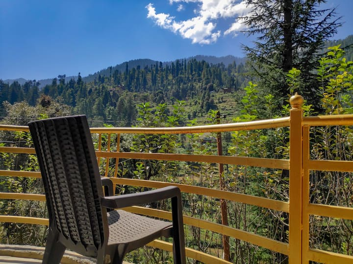 Home Tales private suites in Jibhi, Tirthan Valley