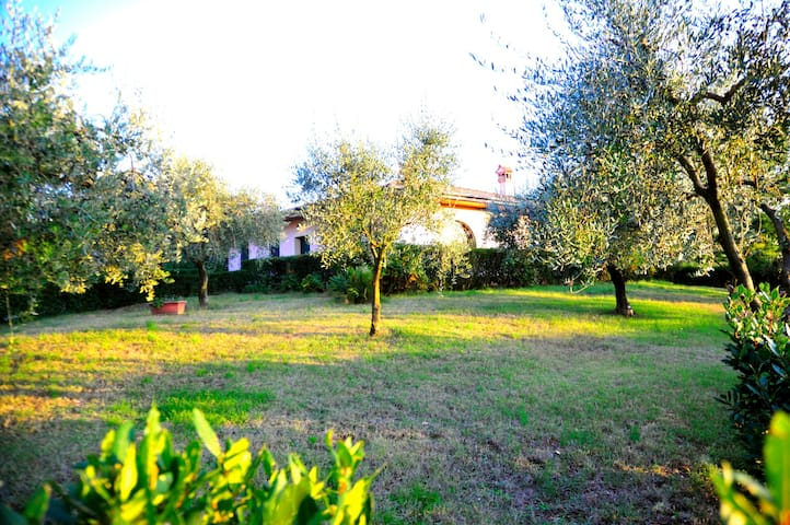 Villa located just 30 km outside of North Rome - Moricone