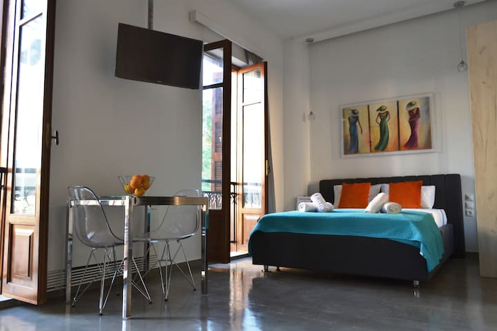 Stylist Studio in Psiri Area