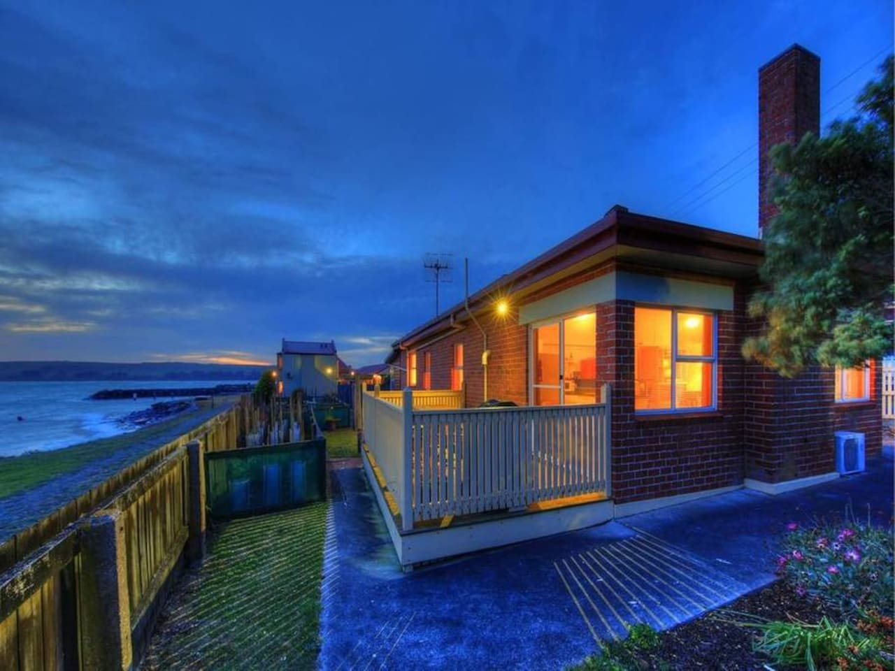 Situated on the waterfront, enjoy beautiful views!
