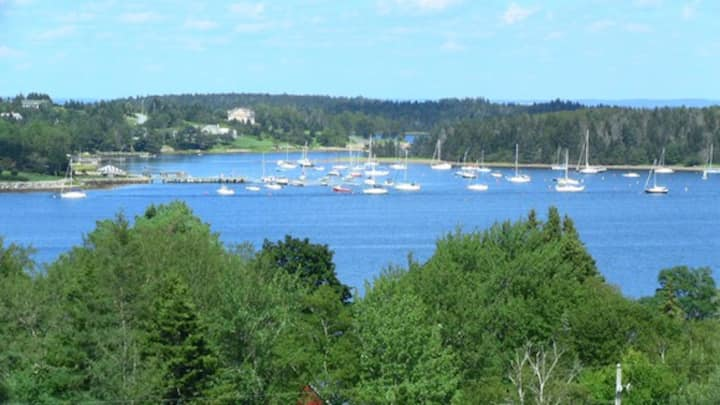 Stunning Ocean Views- 5 mins to Lunenburg