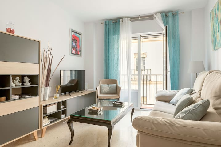 Situated in the Heart of the City - Apartment Tu Rincón