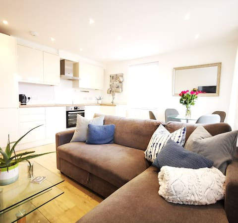 Luxury seaside apartment in East Wittering Village