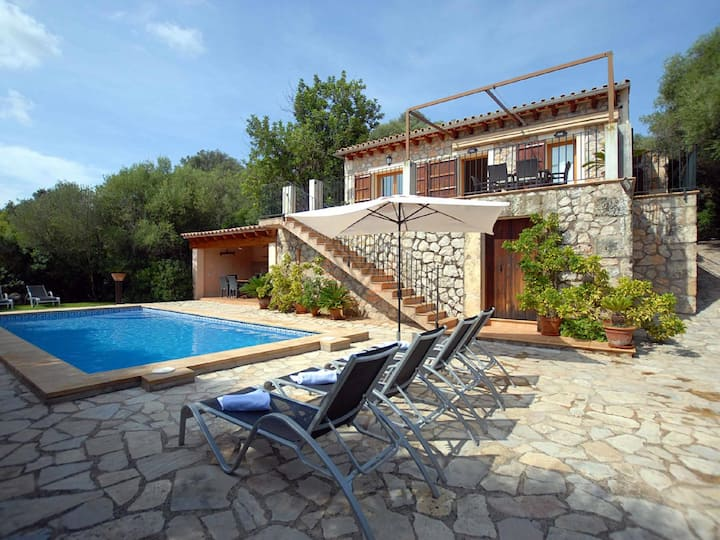 Es Puchet, Holiday villa in Búger, Mallorca