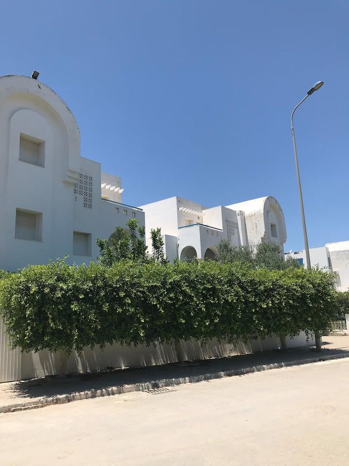 Grand et bel Appartement à Hammamet