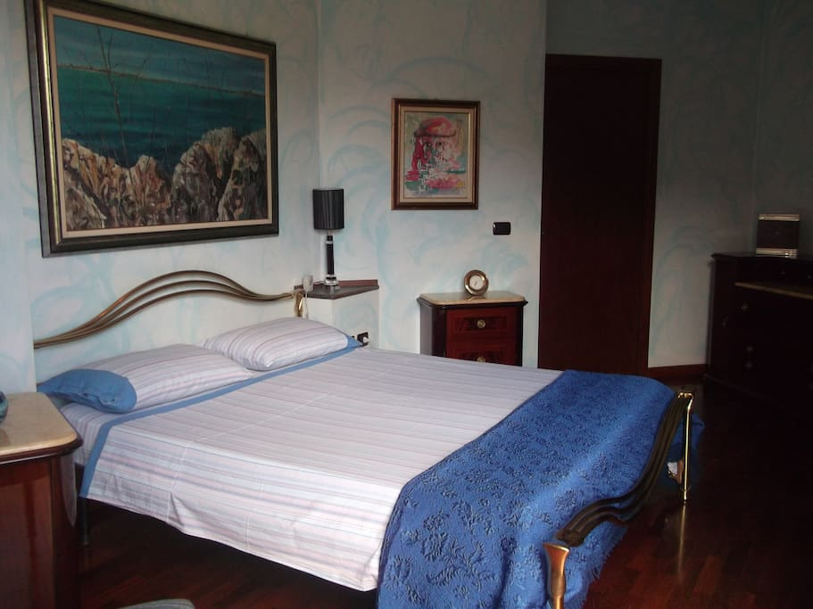 Camera letto matrimoniale Blue con bagno in camera