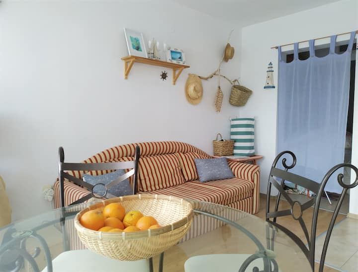 Cozy studio with the pool, 150 m to the beach