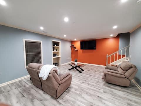 Luxurious Upscale Basement Guest House