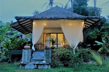Belle maison tropicale moderne2 avec baignoire ext - Ko Pha Ngan - Rumah