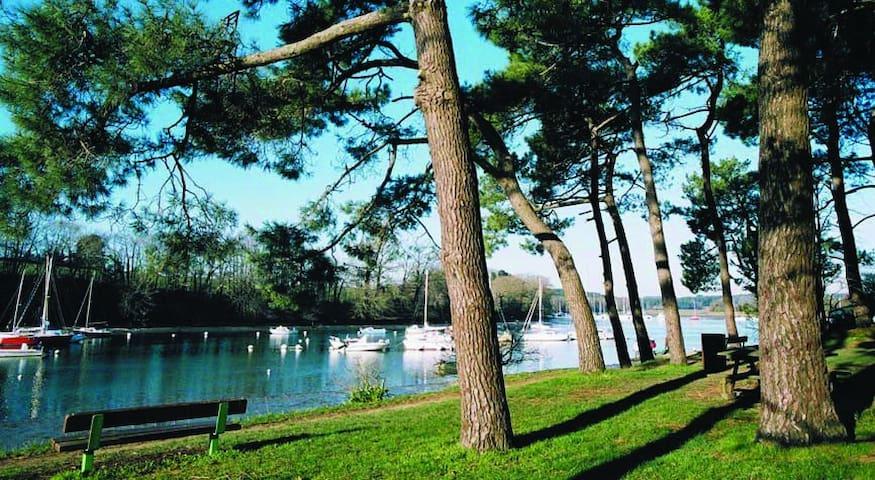 Conleau, Vannes, plage, port, piscine  à pied