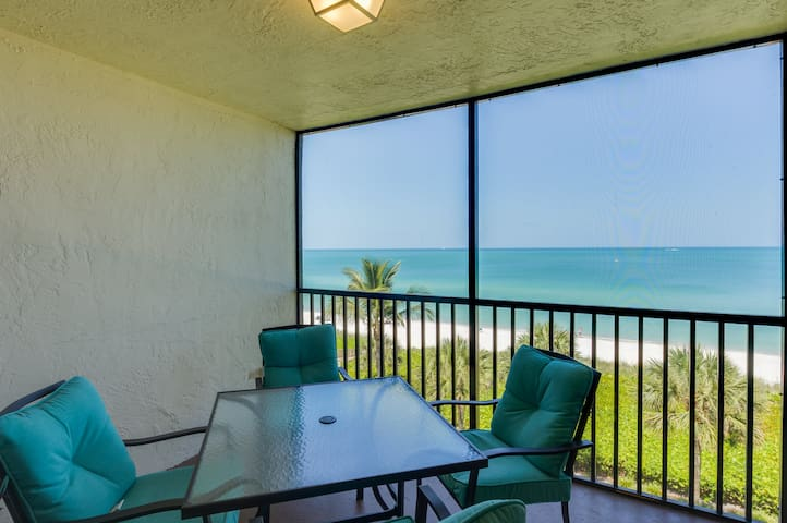 Beachfront Condo - Hot Summer Deals - 14 night min