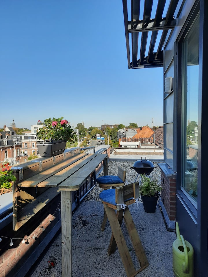 Penthouse met balkon midden in Nijmegen
