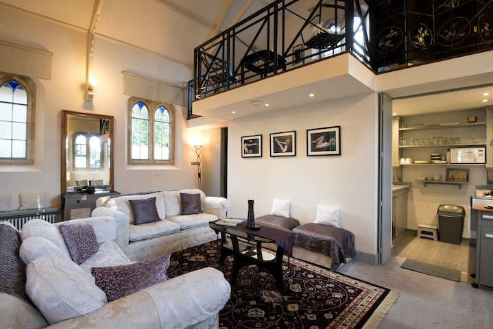Enchanting converted Chapel dating back to 1832 - Warborough - Andere