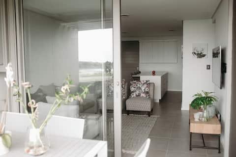 314 Pebble Beach Luxury Apartment with Sea Views