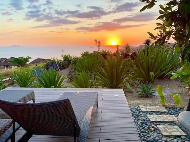 SEA ESTA Suite for 8 w/ Pool -- Sea & Sunset View!