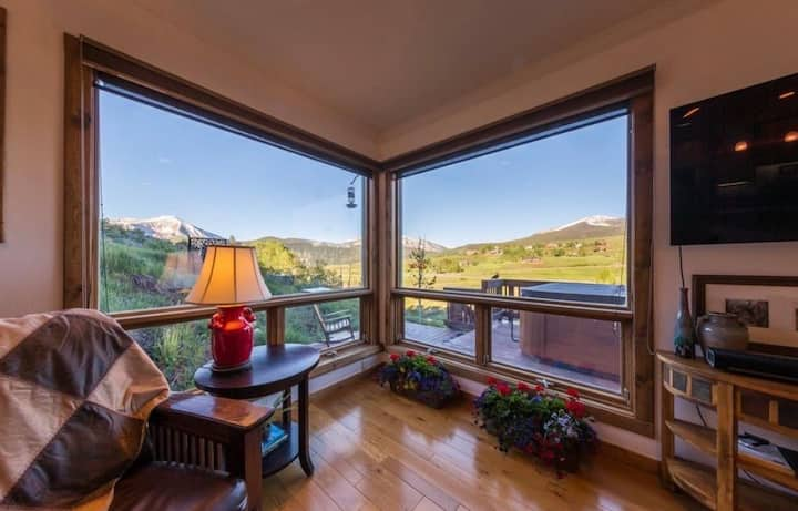 Gorgeous Crested Butte Home with Amazing Views