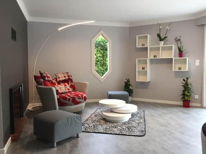 Maison 170 m2 avec Piscine Chauffée et Couverte