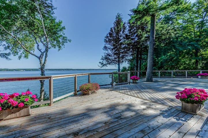 Luxury Cottage On Lake Simcoe Cabins For Rent In